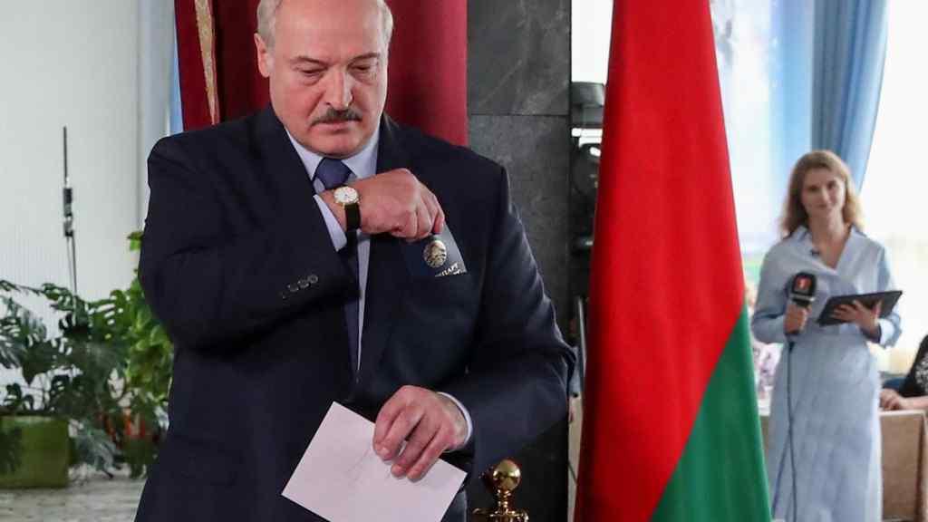 На очах у послів! Лукашенко вибухнув – тільки один шлях. Країна завмерла: не в змозі виправдати