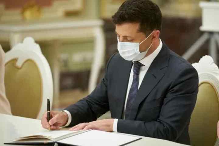 Тільки що! Зеленський зробив це – підпис уже на документі. Українці аплодують, давно чекали: відновив