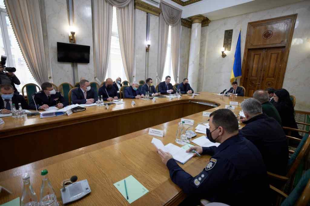 Щойно! Просто під час наради – Зеленський дав термінове доручення – президент наполягає. Після трагедії!
