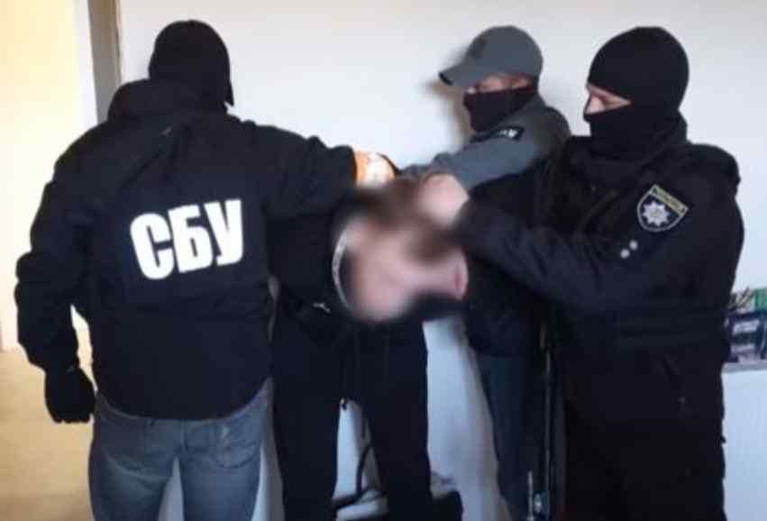 Віддають під суд! Підполковника СБУ викрили – організував банду. Шокуючі подробиці