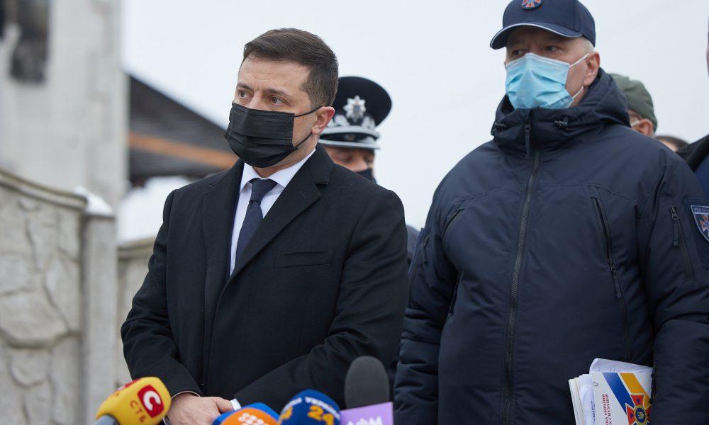 """Ніхто не чекав! Просто зараз – людей не стримати. Зеленський почув, на """"Майдані"""". Вивели"""