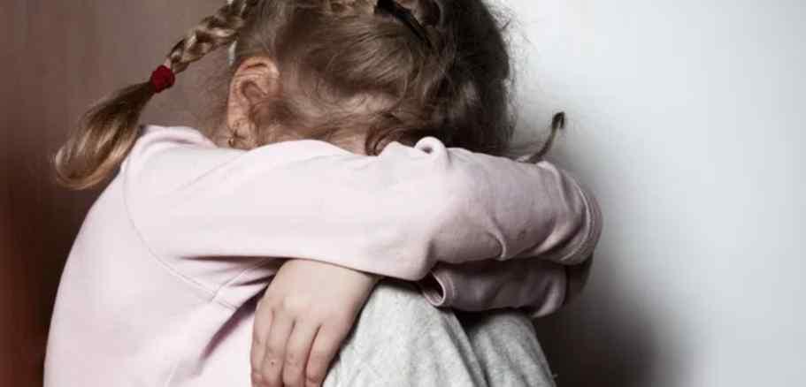 """Шокуючий злочин! 11-річна дівчинка народила від пенсіонера. """"Регулярно гвалтував"""""""
