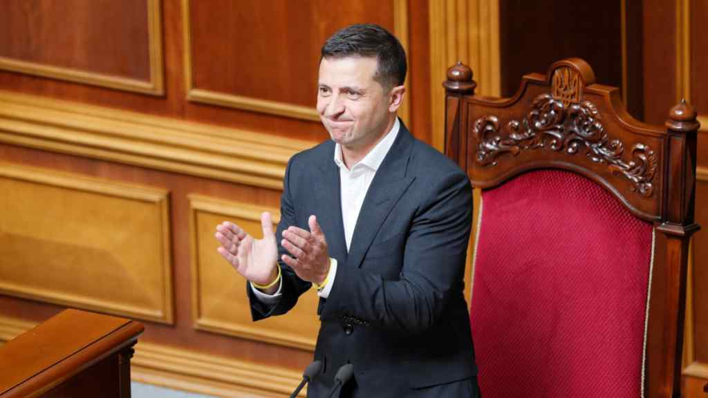 Щойно! Зеленський аплодує – Рада прийняла важливе рішення. Підтримали президента – усе що варто знати