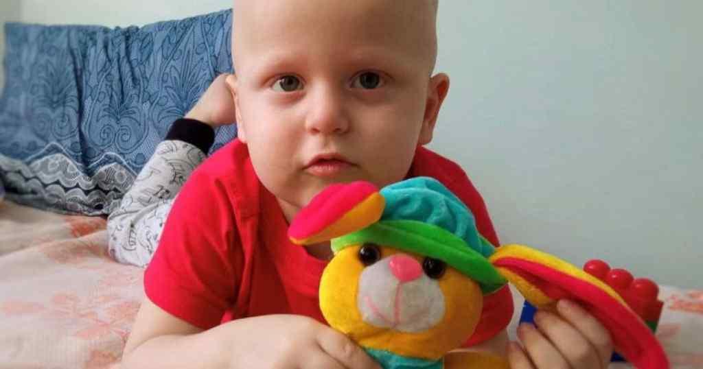 У малюка мало часу! Рак крові уразив 2-річного Дениска: родина просить допомоги