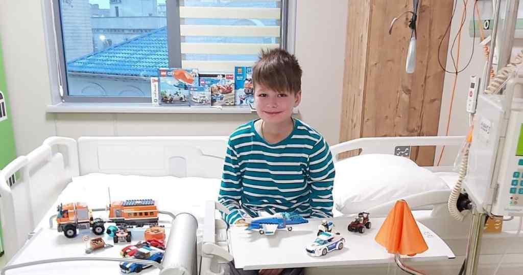 Лише трансплантація кісткового мозку може врятувати Ваню, її потрібно робити за кордоном