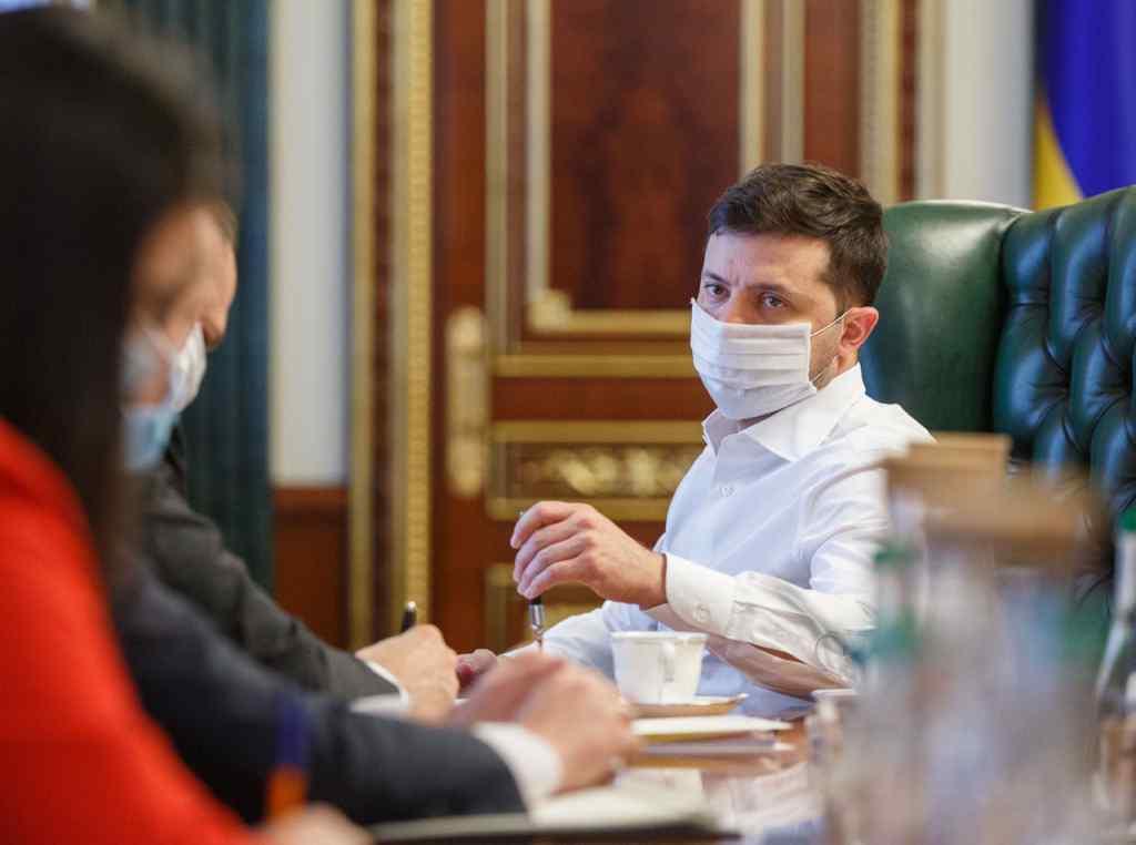 """Щойно! Просто на нараді – Зеленський вразив словами, важливе доручення. """"Припинити корупцію"""""""