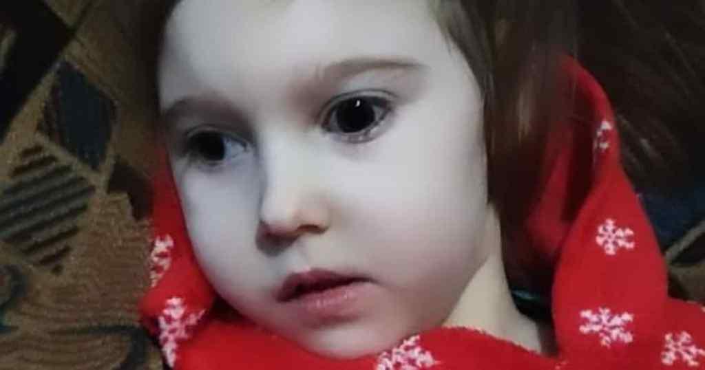 Допоможіть маленькій Ангелинці! Дівчинка страждає від болю – батьки благають про допомогу. Боротьба триває