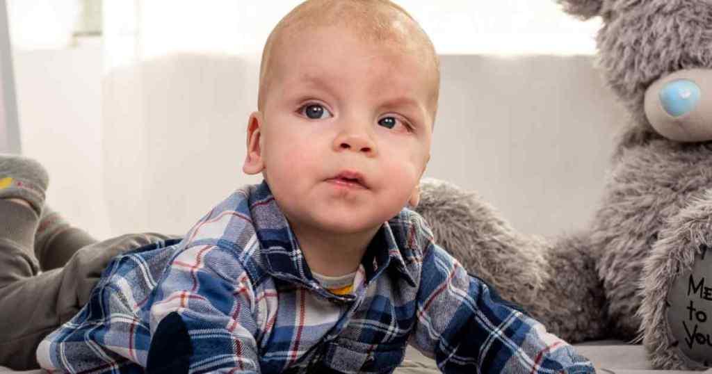 Понад мільйон гривень потрібно батькам Дані, щоб врятувати його від онкології
