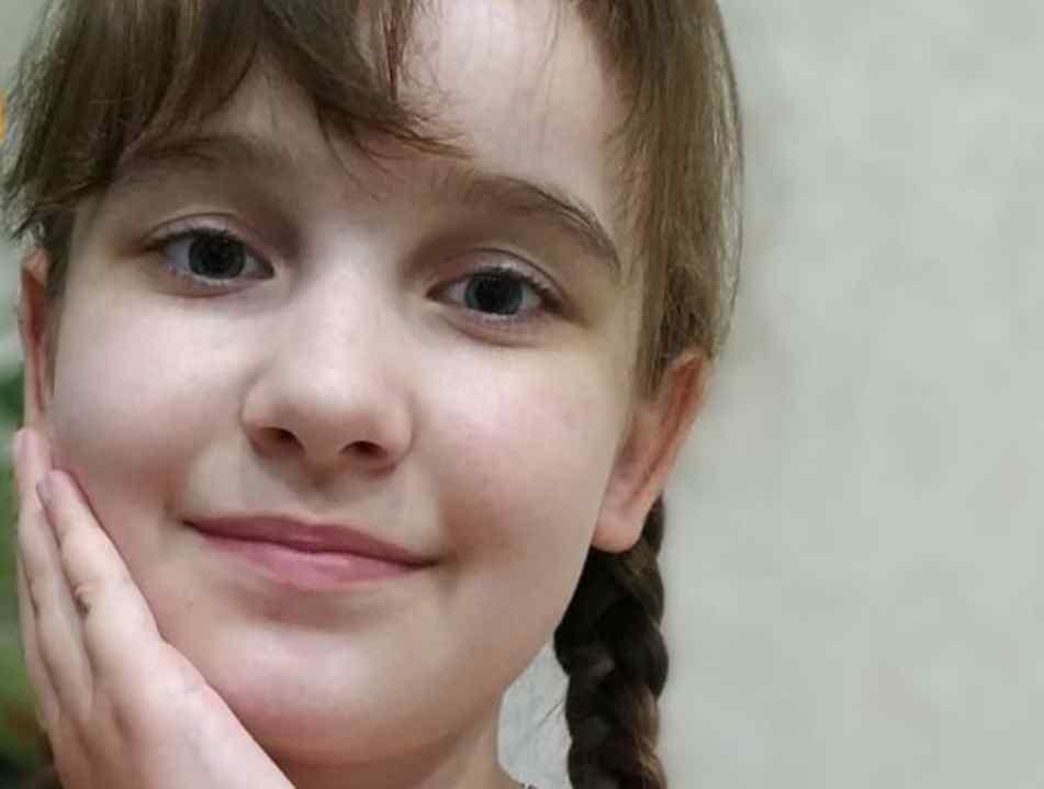 Даринка вже понад 4 роки бореться з пухлиною в мозку, яка вже позбавила її зору