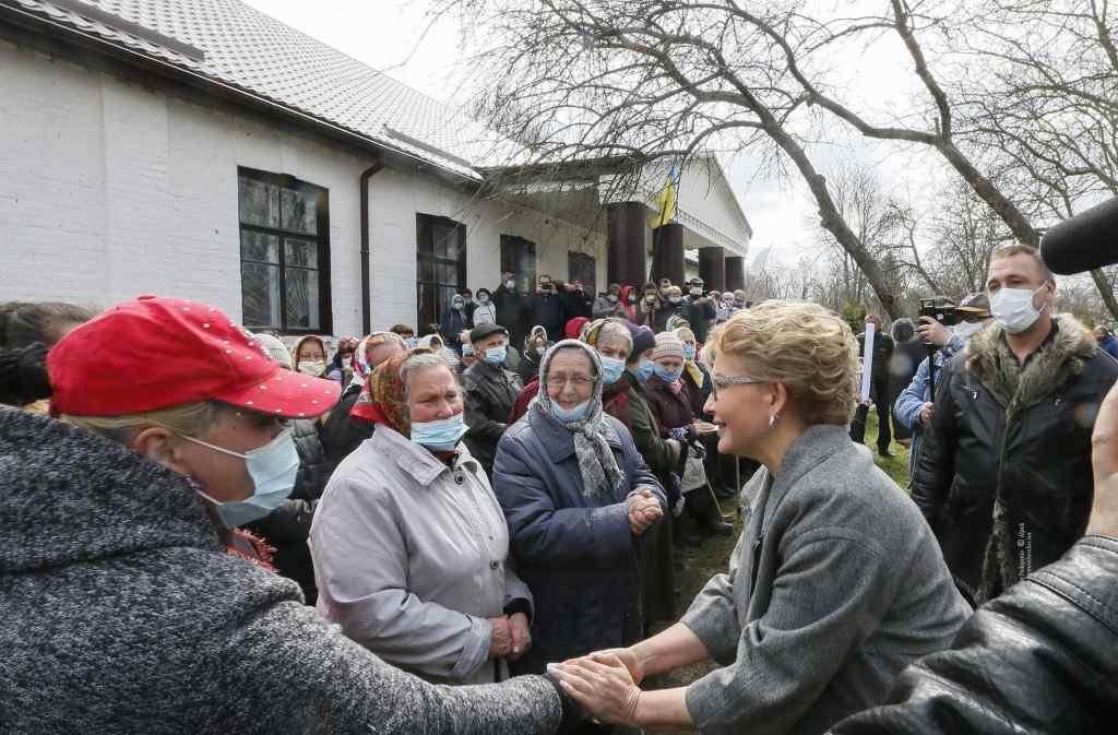 Уже не вперше! Тимошенко відзначилась – під час карантину : наразила людей на небезпеку, немає слів!