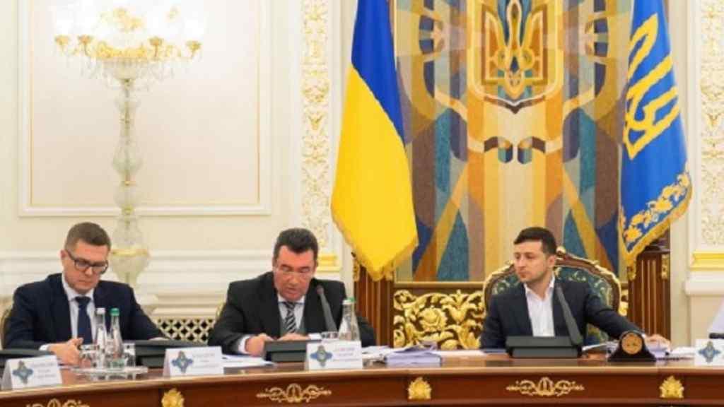 Щойно! Аудит всіх рішень – Данілов влупив, РНБО взялось: загроза нацбезпеці, з часів Януковича! Скасувати