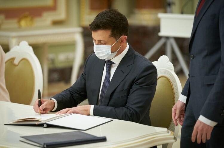 На вечір! Зеленський увів у дію рішення РНБО – ще одне завдання уряду. Тільки початок
