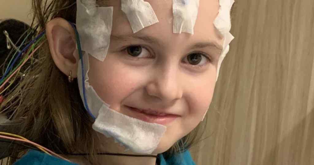 До 90 нападів щодня: 7-річна Камілла потребує негайної операції, щоб позбутись епілепсії