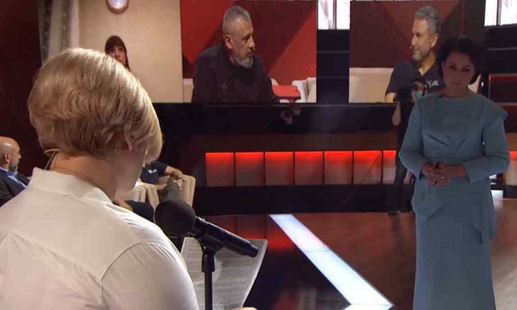 """Це скотство! У прямому ефірі Мосейчук не стримала емоцій – відповіла Геращенко: досить """"брехати""""."""