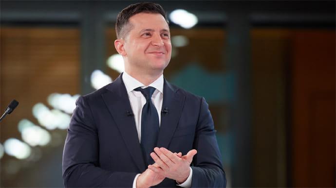 Зеленський зробив це: ввів у дію рішення РНБО. Санкції проти російських банків-почалось