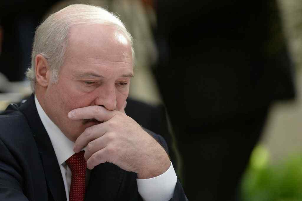 Новий пакет санкцій! Потужний удар по режиму : Лукашенко не чекав – у списку опинилися члени сім'ї!