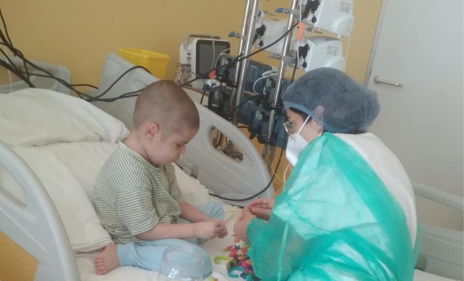 5-річному Сашку потрібна термінова трансплантація! Понад три роки шукали донора