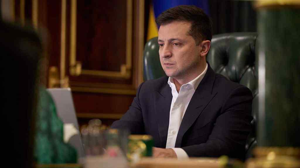 Крісло захиталось! У відставку – Зеленський не потерпить : після низки скандалів. Ускладнюють переговори!