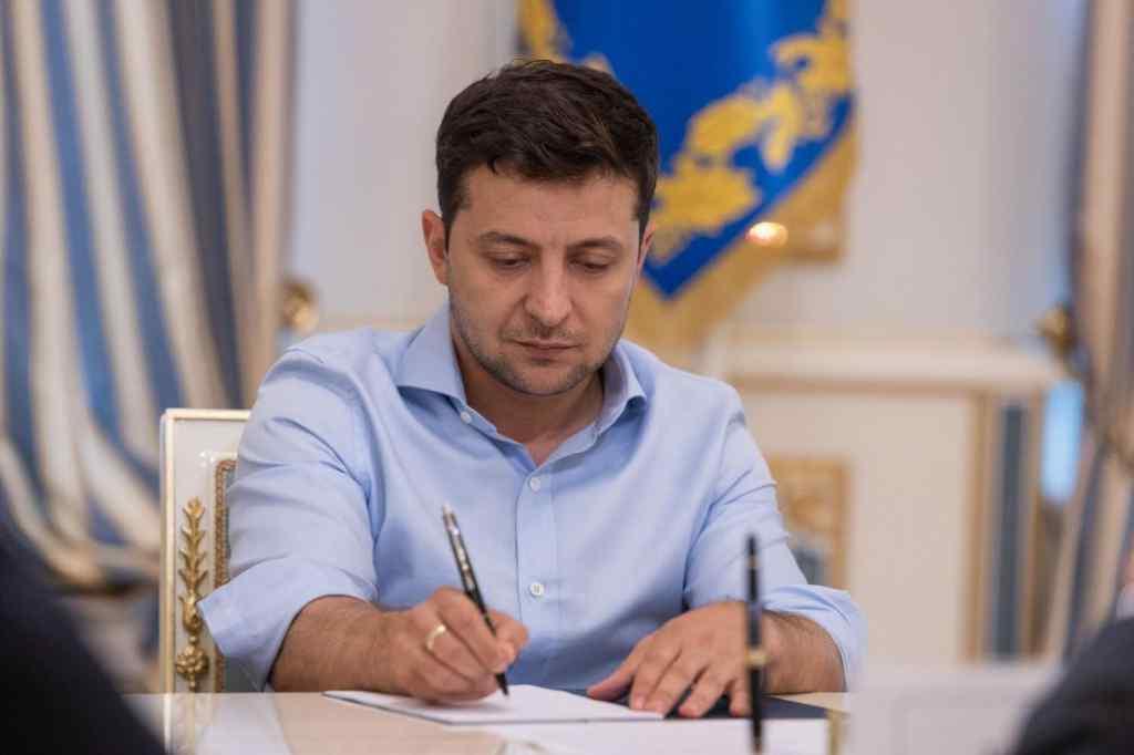 Прямо зараз! Зеленський затвердив: структуру президента України в АРК змінено