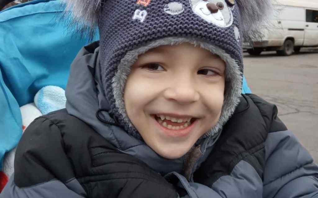 5-річний Дениско потребує вашої допомоги